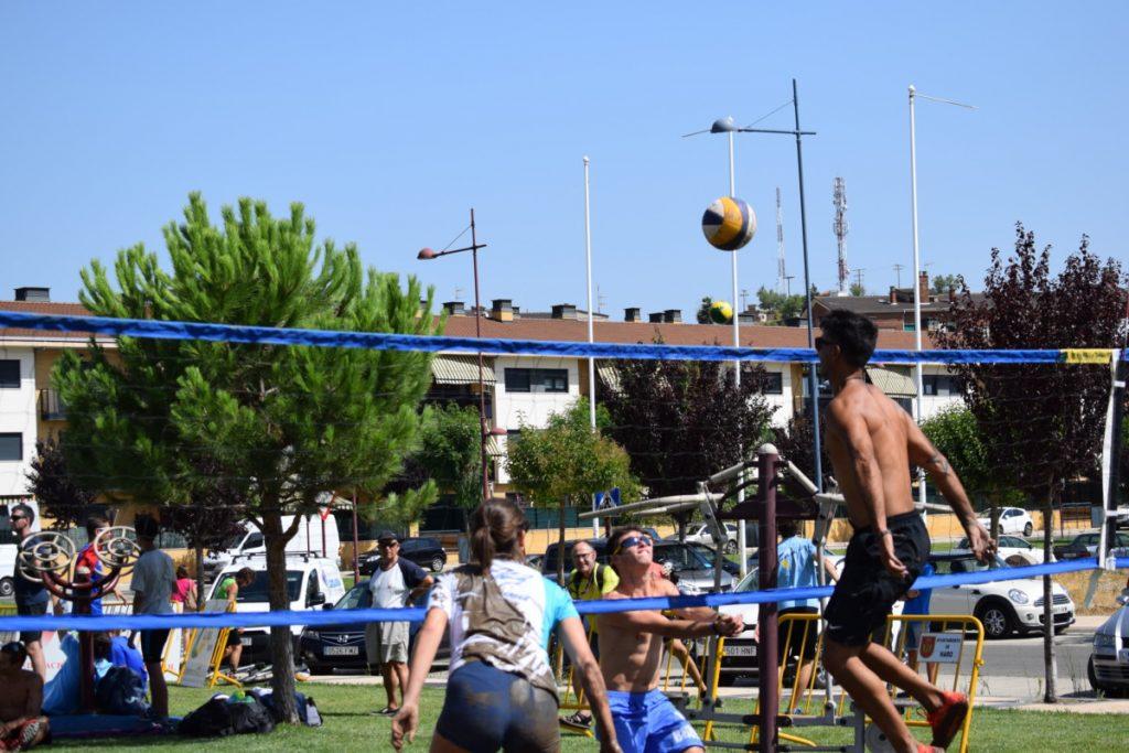 Este sábado se disputa una nueva edición del Torneo Voley Calle del Haro Rioja Voley